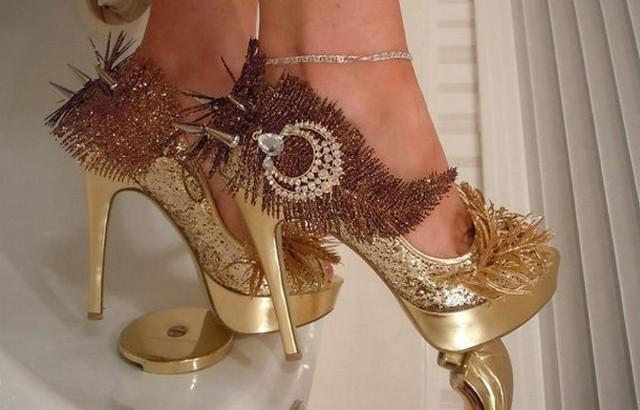 Подбираем туфли к вечернему наряду